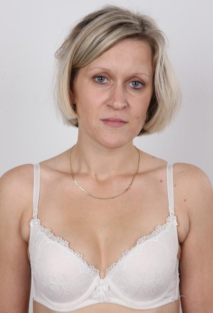 Die mannstolle Frau Jane braucht ihr erotisches Erlebnis.