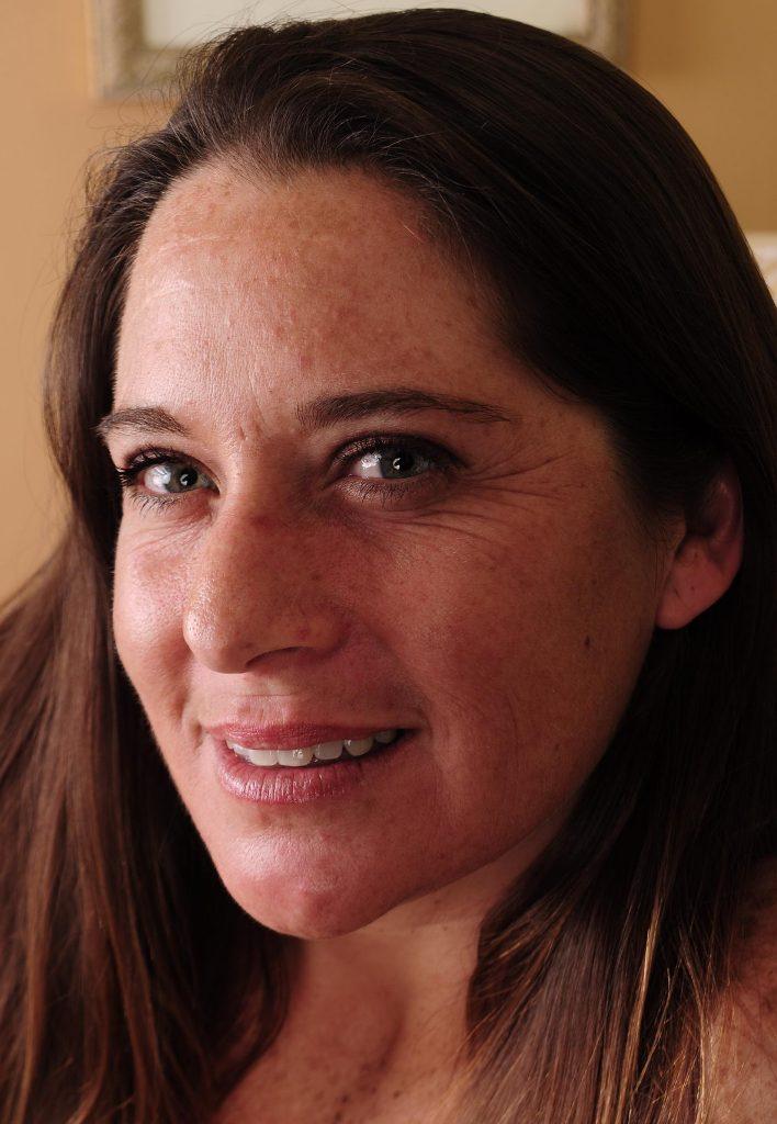 Unsere mannstolle Frau Carola will ihr reizvolles Vergnügen.